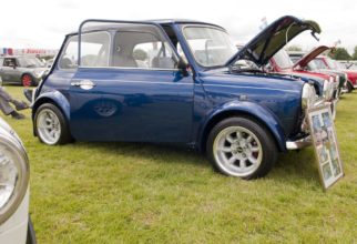 DK Show Classic Mini Blue web copy 2